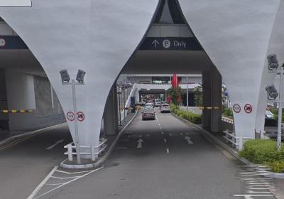 vivo city main entrance